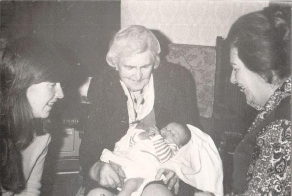 4 generaties, Mama, Oma Taphorn-Diekmann, Oma Bogaars